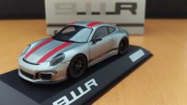 Porsche 911 (991.2) R 2016 silver red stripes Minichamps