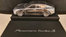 Porsche Panamera GIII 2020 - Presse papier