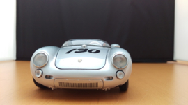 Porsche 550 Spyder nr 130 James Dean Little Bastard 1:18