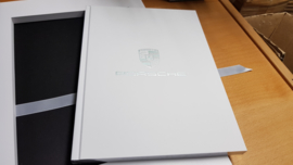 "Porsche Brand book ""70 years jubileum"" Limited Edition employees - English"