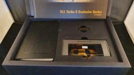 Porsche 911 991.2 Turbo S Exclusive serie - Customer gift box