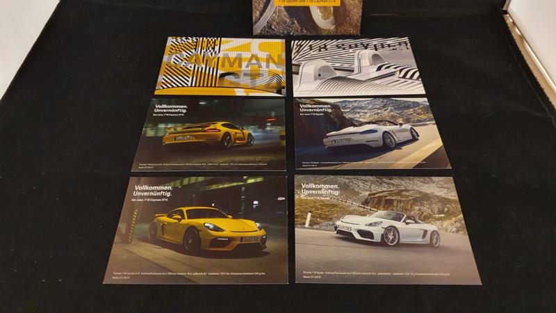 Porsche Postkarten 718 Spyder und 718 Cayman GT4 - Vollkommen Unvernünftig