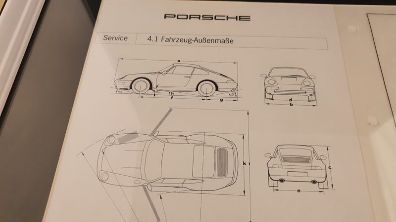 Porsche 911 993 Carrera - original scale drawing and vehicle sizes