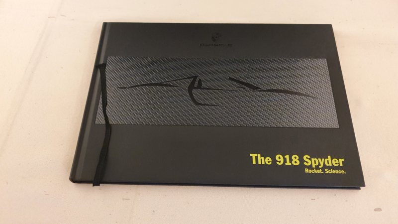 Porsche 918 Spyder hardcover brochure 2013 - EN