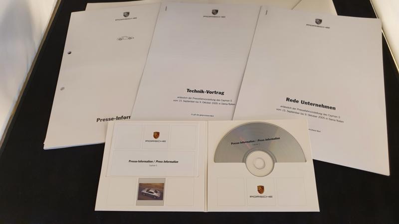 Porsche Cayman S 2005 - Press information set with CD