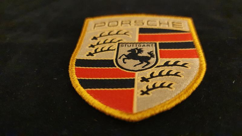 Porsche badge - Emblème Porsche - WAP10706714