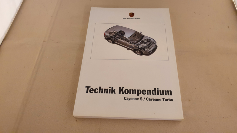 Porsche Cayenne S and Turbo Generation I Technik Kompendium - 2002