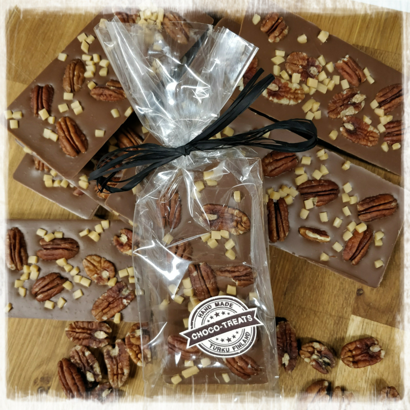 suklaalevy Maitosuklaa Pecan nuts Caramel /10 kpl