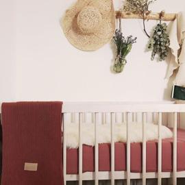 #babykamer #kinderkamer #poofi #ledikantdeken #hoeslaken #interieur