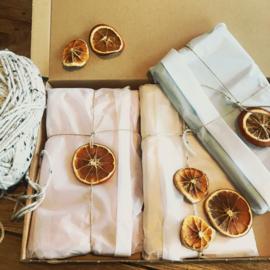 #giftwrapping #kraamcadeau #geboorte #cadeau #kraamkado #wijpakkenallesaltijdzoleukin #hoeleukisdit