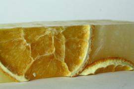 Organische sinaasappel en limoen zeep