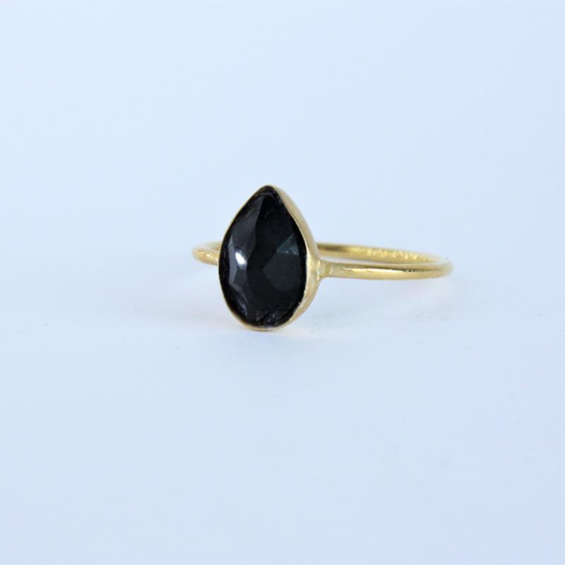 Zwarte onyx ring