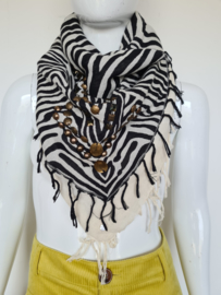 Esprit shawl met zebraprint. Zwart/crème/koperkleurig.