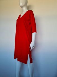 Joline Jolink jurk met v-hals. Mt. S. Rood.