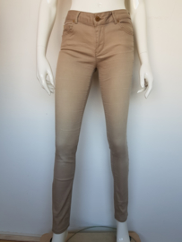 Supertrash skinny style Peppy Gold Khaki. Mt. 28.