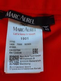 Marc Aurel pantalon. Mt. 40. Helderrood.