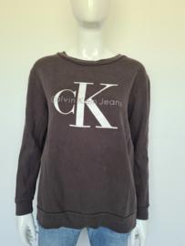 Calvin Klein jeans sweater. Mt. M. Grijs.