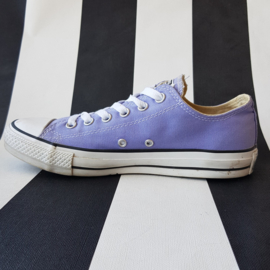 Sneakers Converse. Mt. 6.5. Lila.