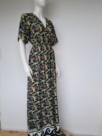 Silvian Heach maxi dress. Mt. L. Zwart/bloemenprint.