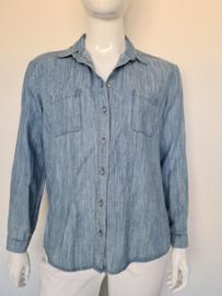 Komodo denim blouse. Mt. 4. Lichtblauw.