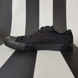 Converse All Star lage sneakers. mt. 40. Zwart