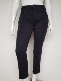Ankle jeans Purdey. Mt. 44. Donkerblauw.