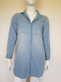 Object denim blouse. Mt. 42. Lichtblauw.