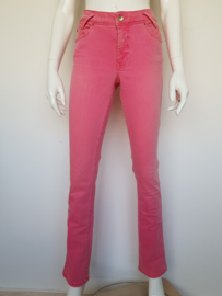 Roze skinny jeans van MAC jeans. Mt.38/32