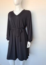 Exxcelent jurk. Mt. 46. Zwart.