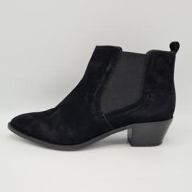 Bertie chelsea boots. Mt. 41. Zwart/suède.