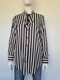Silvian Heach blouse. Mt. M.Crème/zwart gestreept.