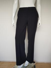 Pantalon Yaya. Mt. 42. Zwart