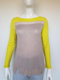 Comma pullover. Mt. 38. Geel/beige.