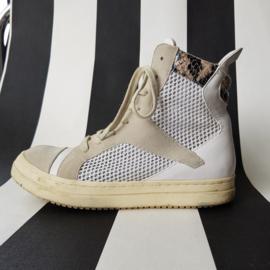 Half hoge sneakers van Twin-Set. Mt. 38. Wit/grijs.