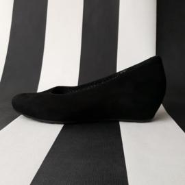 Gitzwarte suède schoenen Wolky met lage sleehak, maat 39.