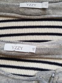 Vest Yzzy. Mt. XS. Grijs.