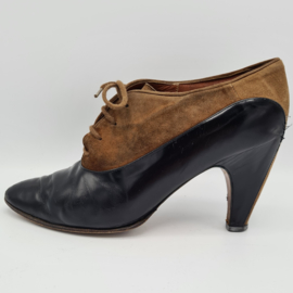 Laura Botticelli pumps. Mt. 38. Bruin/leer.