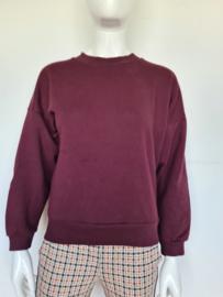 Joline Jolink sweater. Mt. S. Aubergine.