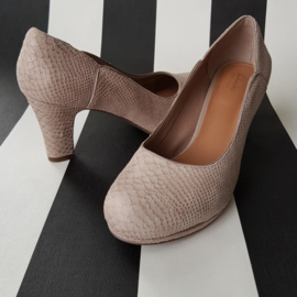 Pumps Chorus Nights Clarks. Mt. 42. Beige