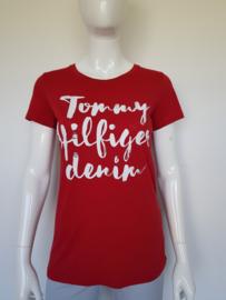 Tommy Hilfigger Denim shirt. Mt. L. Rood.