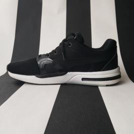 Sneaker Puma Trinomic. Mt. 39. Zwart/wit.