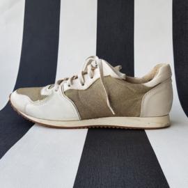 Lea Foscati sneakers. Mt. 39. Crème/goudkleurig.