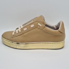 Stokton sneakers. Mt. 38.Beige/leer.