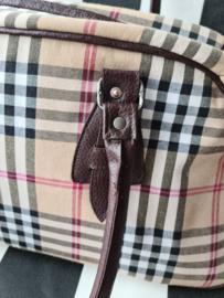 Reistas Burberry look. Handmade.