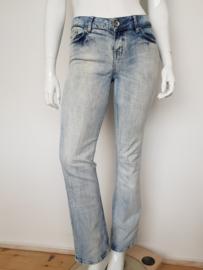LTB jeans. Mt. 32/32. Lichtblauw/damaged.