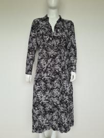 Silver Creek maxi dress. Mt. 42. Zwart/ wit/print.