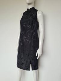 Chinese jurk. Mt. 36/38. Zwart.