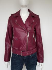 Maria jacket Nikkie. Mt. 40. Bordeauxrood.