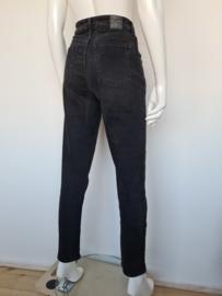 Global Funk Denmark Alister jeans. Mt. M. Zwart.