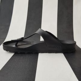 Birkenstock Gizeh sandalen. Mt. 40. Mat zwart.